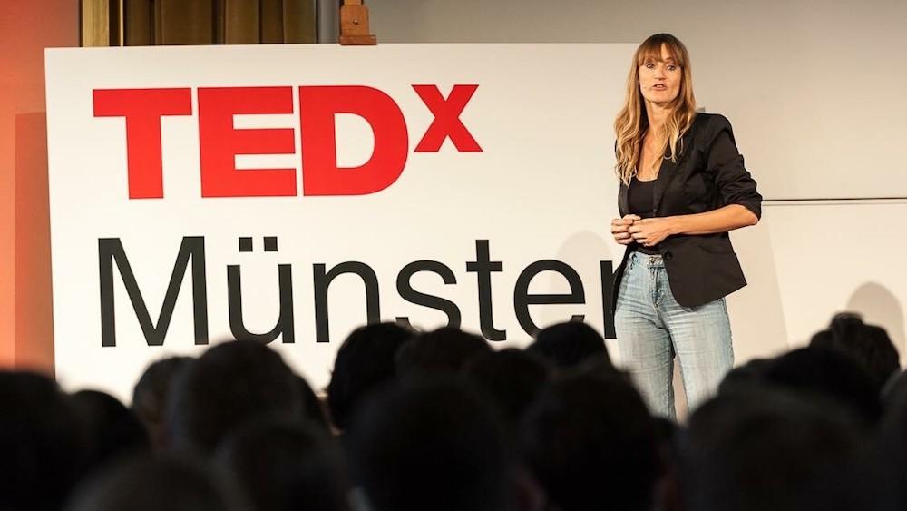 Bea-Johnson-TEDTalk.jpg