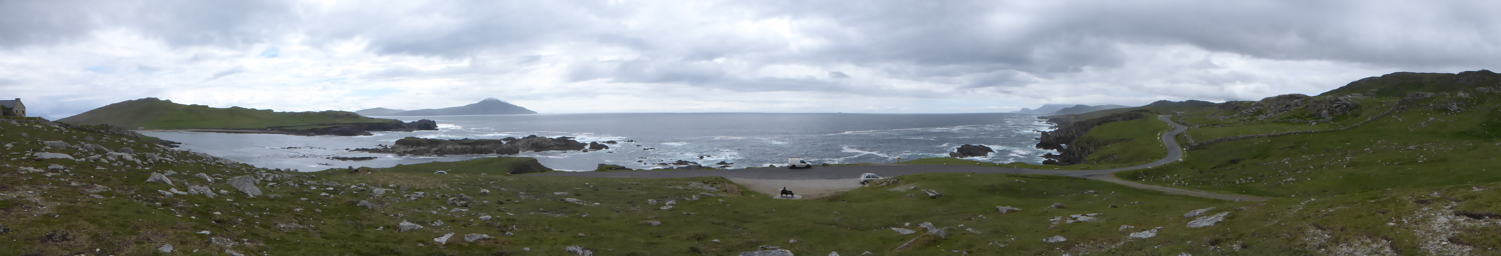 Panoramic_shot_-_south_coast_of_Achill_Island_.jpg
